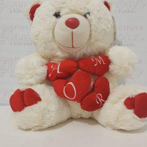 Ursinho Quatro Corações